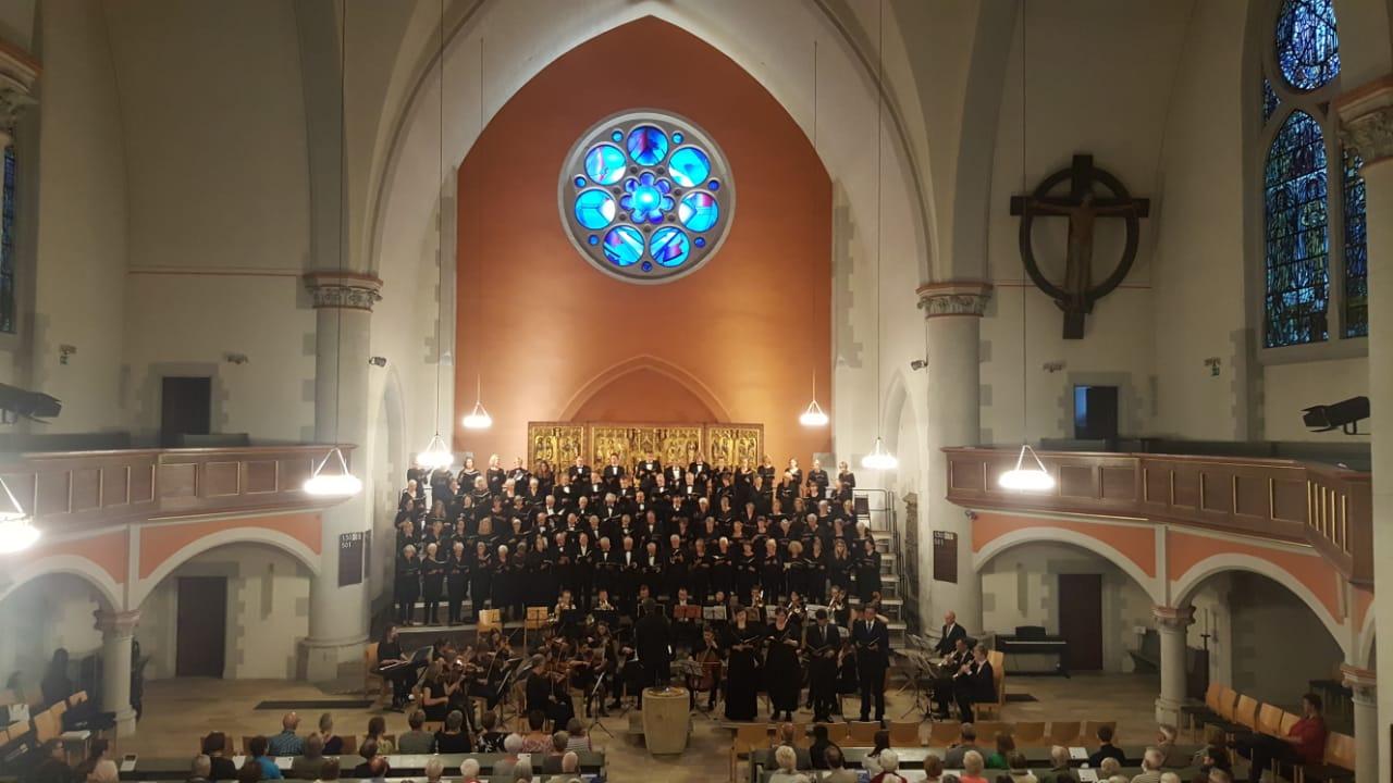 Sommerkonzert – Mozart Krönungsmesse mit dem Amsterdams Gemengd Koor